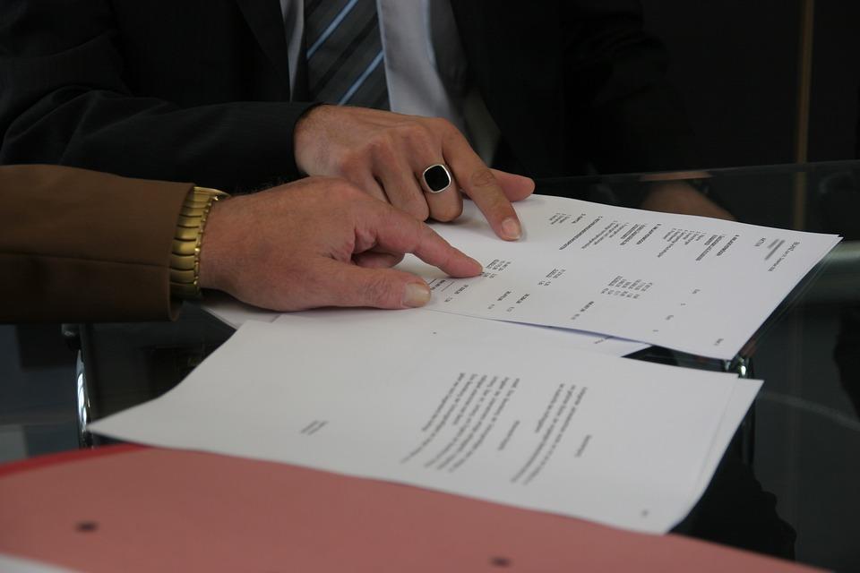 contract-408216_960_720.jpg