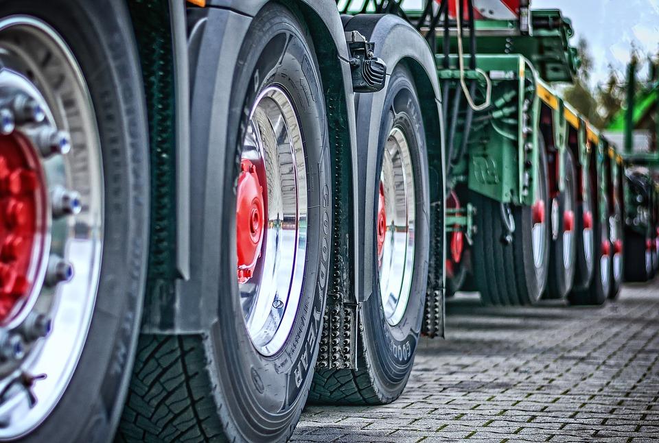truck-2920533_960_720.jpg